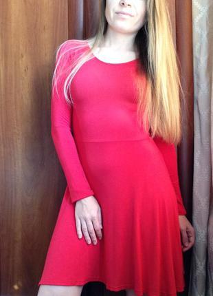 Червоне плаття missguided