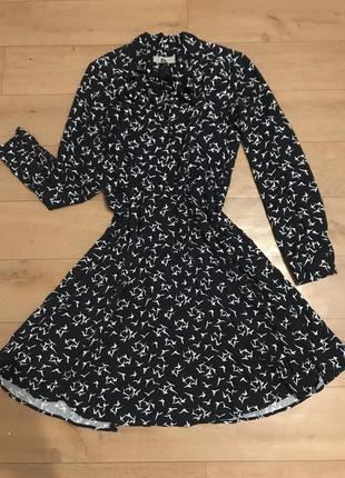 Очень красивое платье в птичках