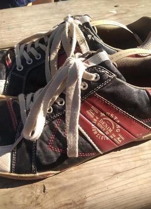 Стильные  спортивные туфли, мокасины,  mustang denim since 32
