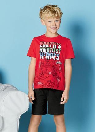 Пижама костюм на 8-10 лет германия герои марвел marvel футболка шорты