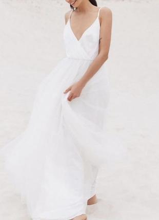 Нереальное платье