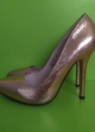 Туфли лодочки на шпильке золотистые, 37