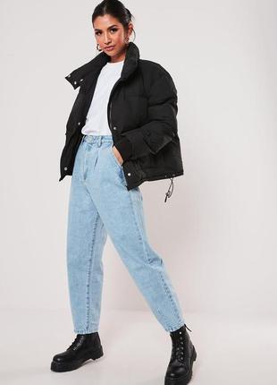 Блакитні мом джинси з високою посадкою