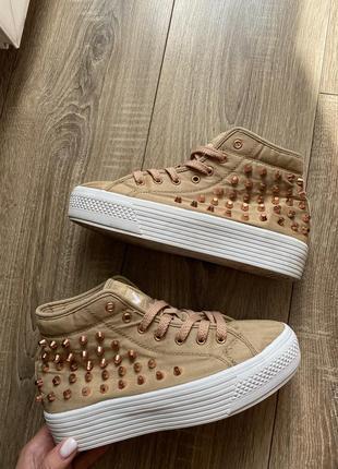 Кеды, кроссовки, ботинки