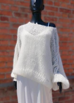 Светр об'ємної в'язки оверсайз белый свитер мохер