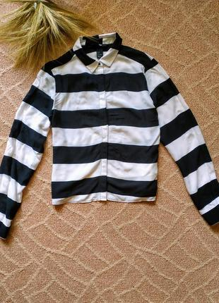 Легкая рубашка в полоску черно-белая h&m