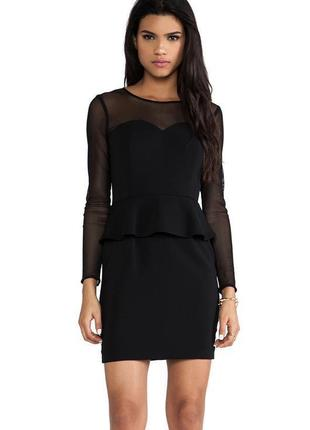 Платье футляр с баской обтягивающее миди карандаш с длинным рукавом черное