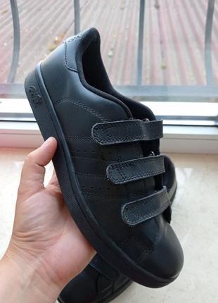 Оригінальні шкіряні кросівки lonsdale