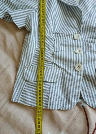 Классный, модный стильный пиджачок в полоску6 фото