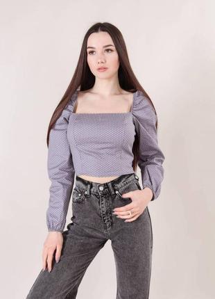 Блуза серая в горошек с квадратным вырезом с объемными рукавами на резинках модная красивая трендовая стильная