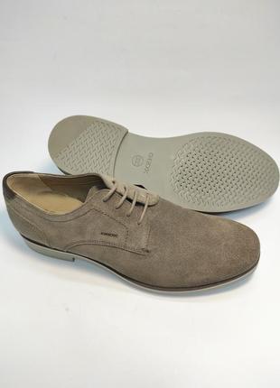 Туфлі замшеві geox коричневі нові класичні ділові офісні5 фото