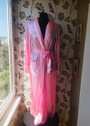 Красивый розовый халат пеньюар пижама
