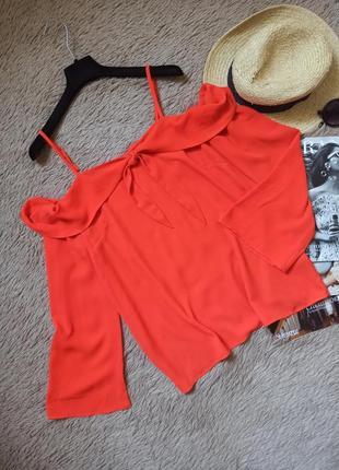 Шикарная блузка с открытыми плечами и завязкой/блуза/кофточка