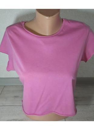 Актуальная укороченная футболка, топ, стильная, модная, яркая, базовая, трендовая
