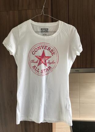 Белая базовая футболка converse