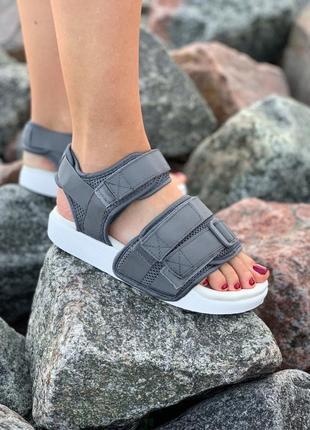 Стильные женские летние сандали босоножки adidas