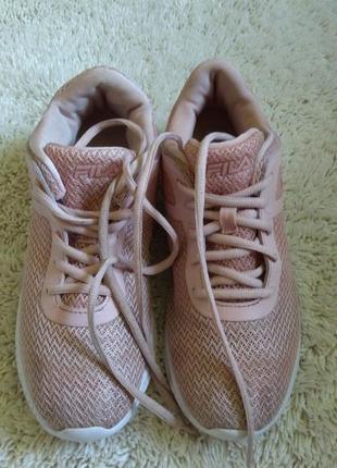 Женские кроссовки,fila