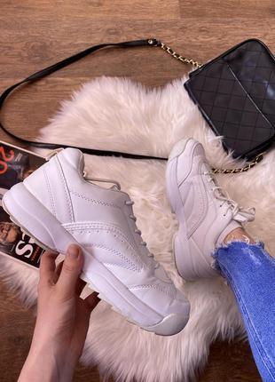 Распродажа!!! белые кроссовки