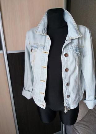 Джинсовый пиджак bershka