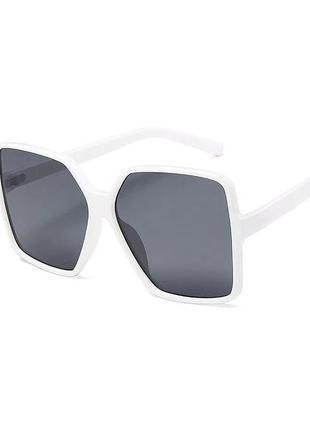 Новые большие солнцезащитные очки