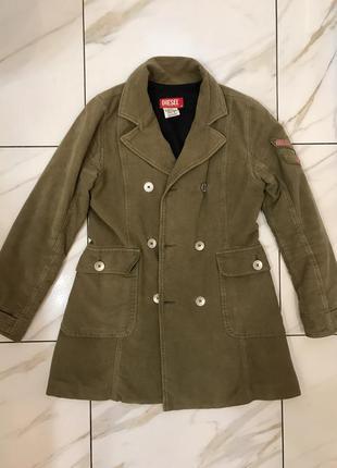 Модная , классная куртка diesel