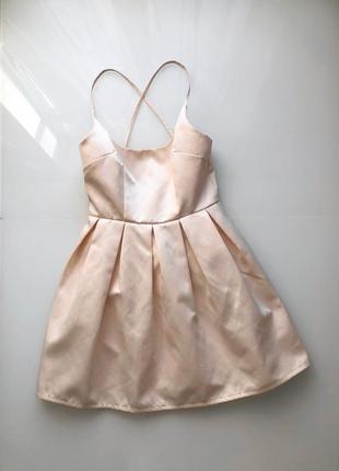 Атласное летнее нарядное платье