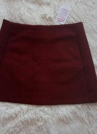 Новая красная юбка в клеточку с кармашками