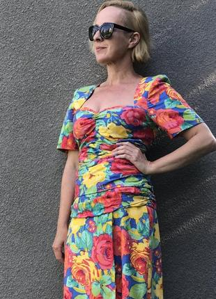 Яркое винтажное платье