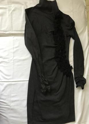 Платье в обтяжку montella
