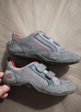 Отличные замшевые мокасины-кроссовки