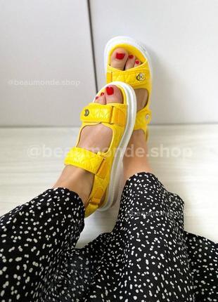 Новые желтые оранжевые модные босоножки сандалии на липучке