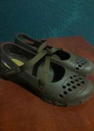 Резиновые туфли балетки skechers