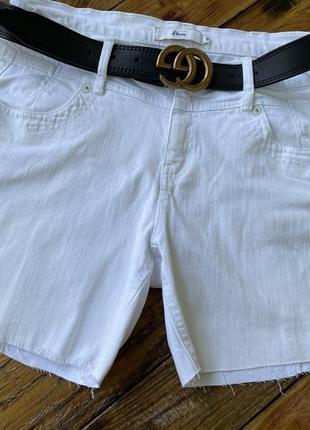 Белые джинсовые шорты 🩳