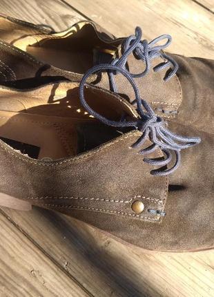 Стильные  кожаные туфли bugatti