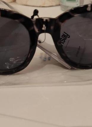 Солнцезащитные очки новые2 фото