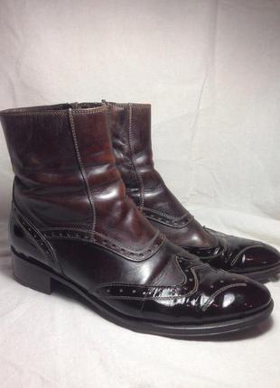 Кожаные лаковые весенне-осенние ботинки челси с перфорацией 38