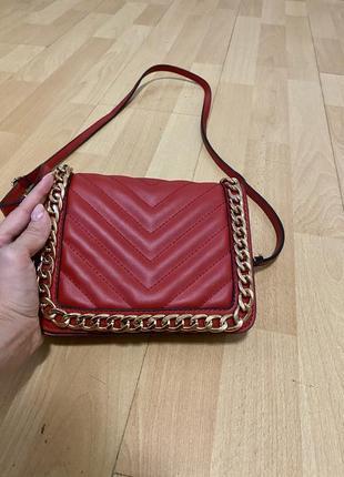 Красная сумка aldo