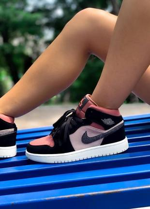 Женские высокие кожаные кроссовки кеды nike air jordan