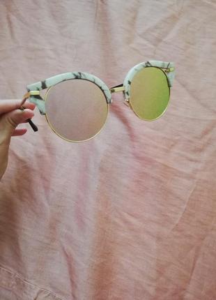 Зеркальные круглые солнцезащитные очки