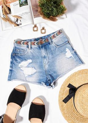 Джинсовые шорты голубые, рваные шорты короткие, модные шорты потертые