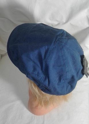 Кепка восьмиклинка, шапка с козырьком.