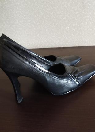 Полностью кожаные туфли