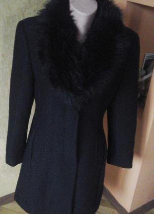 Пальто черное 60% шерсти с мехом