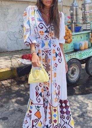 Довге шифонове плаття