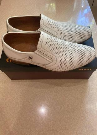 Белые туфли toncelli