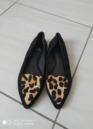 Натуральні брендові шкіряні лодочки туфлі балетки
