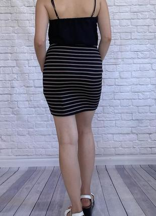 Чорная юбка в полоску от newlook