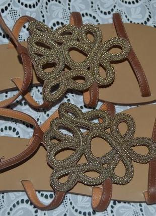 Босоніжки сандалі шкіра andre розмір 40, сандали кожа