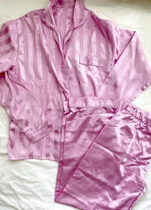 Розовая полосатая пижама