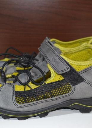 Ecco 35р сандалии босоножки кожаные с закрытым передком
